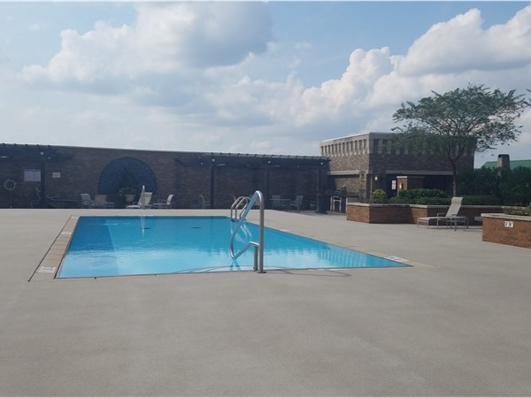 Perkins Rowe rooftop pool