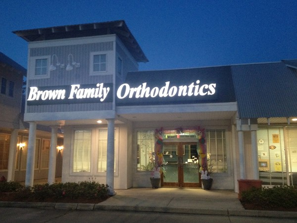 Family run orthodontist serving the Northshore for years