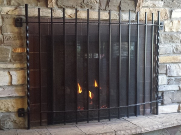 Kona Grill outside fireplace
