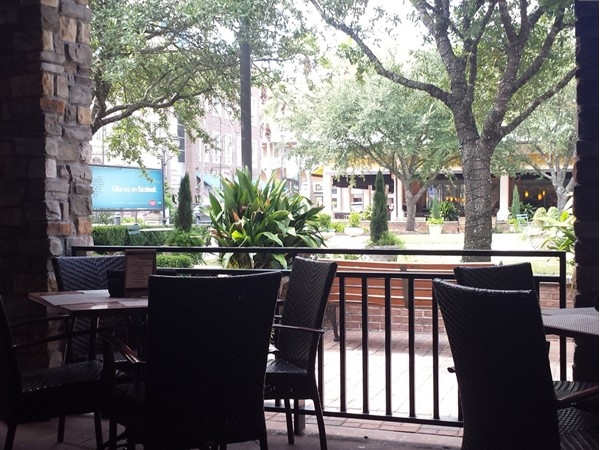 The patio at Kona Grill